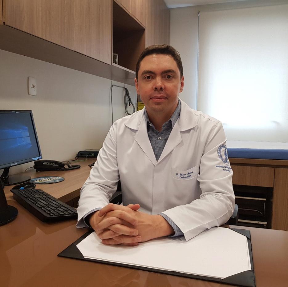 Dr. Ricardo Carneiro Amarante