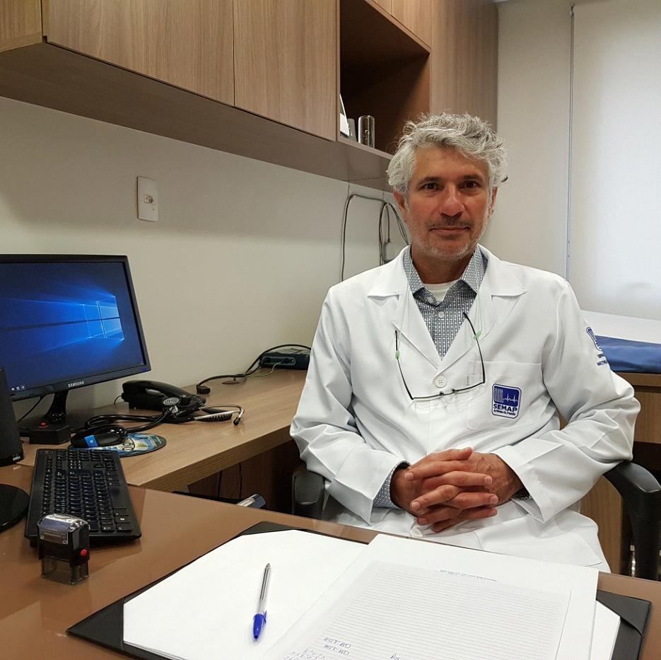 Dr. Tasso Julio Lobo